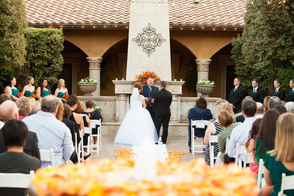 Alison brandon november 15 2014 villa siena for Green bay packers wedding dress