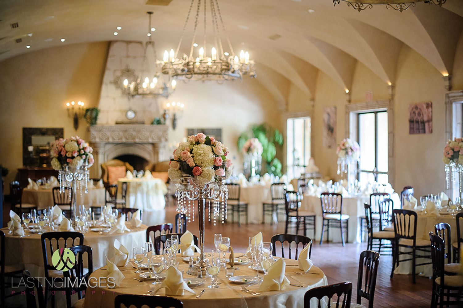 Reception villa siena small indoor wedding reception junglespirit Images